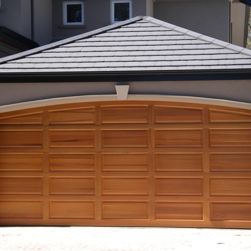 Customized Wood Grain Aluminum Garage Door