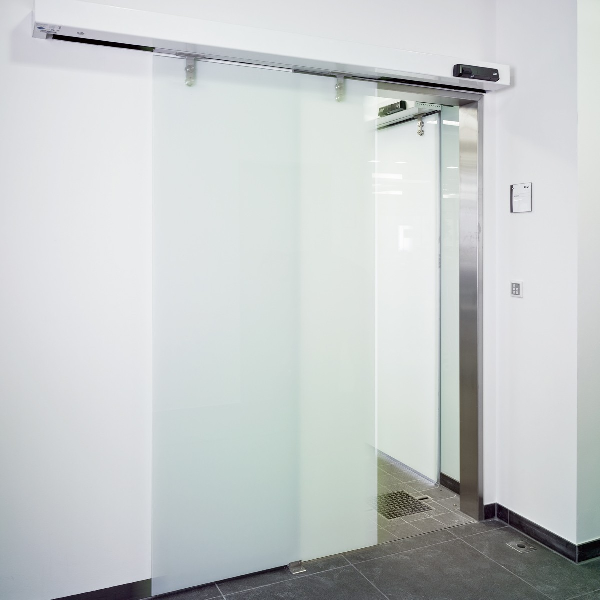 Zhongtai-Aluminium Sliding Door High Quality Laminated Frameless Glass Sliding Door-1